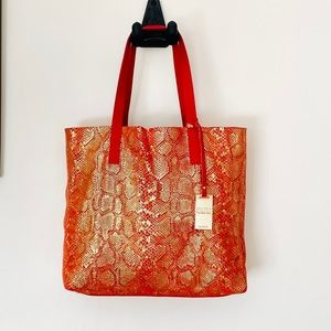 COCCINELLE BY LIVE BAG..... NEW!